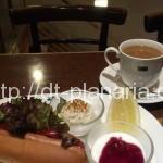 ( ・×・)ホットドッグが食べられるモーニング 三越前「ミカドコーヒー」