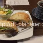 ( ・×・)春日駅すぐ近くの喫茶店で美味しい珈琲とテリヤキチキンサンドのランチ「珈琲庵」