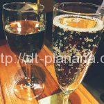 ( ・×・)土曜日ランチにはワインとデザートもついちゃうイタリアンレストラン「PIZZA BAR 裏秋葉原」