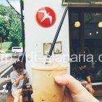 ( ・×・)奥渋で人気!ノルウェーのカフェでダブルの「Fuglen Tokyo」代々木公園