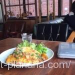 ( ・×・)渋谷の自分で座席を選べる隠れ家カフェでのんびりランチ「アナログ渋谷」