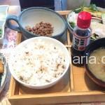 ( ・×・)銀座の「茨城マルシェ」で日替わり納豆定食ランチ。野菜ビュッフェ付き950円