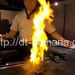 ( ・×・)浅草の気取らない雰囲気の鉄板焼き屋さん「すてぇき屋 すきずき」