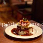 ( ・×・)名物のロコモコタワーがキュートなカフェダイニング「Pecori(ペコリ)」ランチはサラダ、ドリンク食べ放題 池袋西口